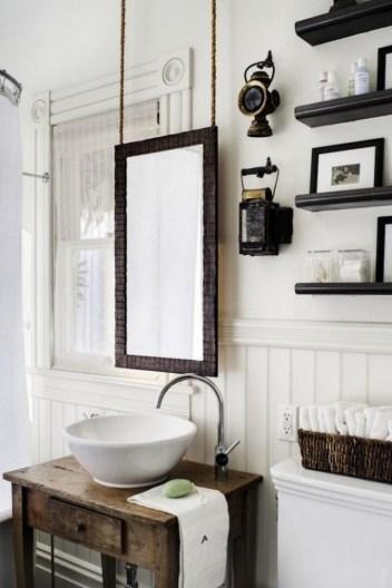 idée déco, salle de bain rétro, meuble chiné, home staging, lebonjo.com, coup de main entre particuliers, job, jobbing, diy, bricolage