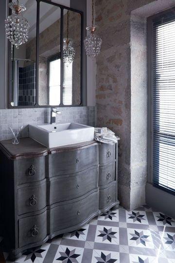 idée déco, salle de bain rétro, meuble chiné, home staging, lebonjo.com, coup de main entre particuliers, job, jobbing, diy